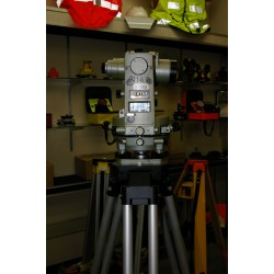 Used Pentax GT-4B Mechanical Theodolite w/ Aluminum Tripod **HOT DEAL**